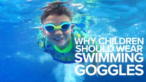 Why Children Should Wear Swimming Goggles