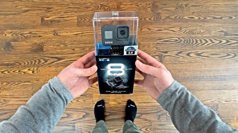 GoPro Hero 8 Black Unboxing - Unbox Therapy