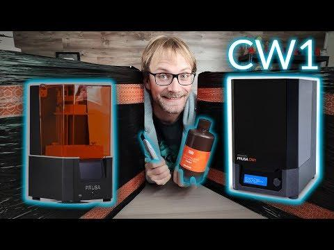 Was live: First print on the Prusa SL1 & trying the CW1!