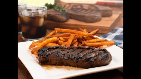 Grilled Sirloin Steak | Char-Broil®