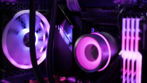 Featured Xidax PC for EmmaStunnaXOXO