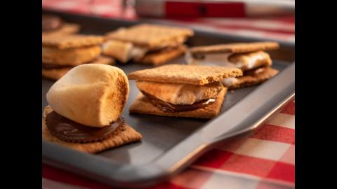 Grilled S'mores | Char-Broil