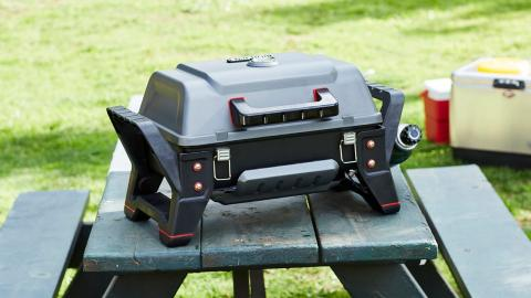 Grill2Go X200 Portable Gas Grill Key Features | Char-Broil