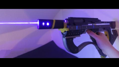 Cyberpunk Style Laser SMG, demonstration